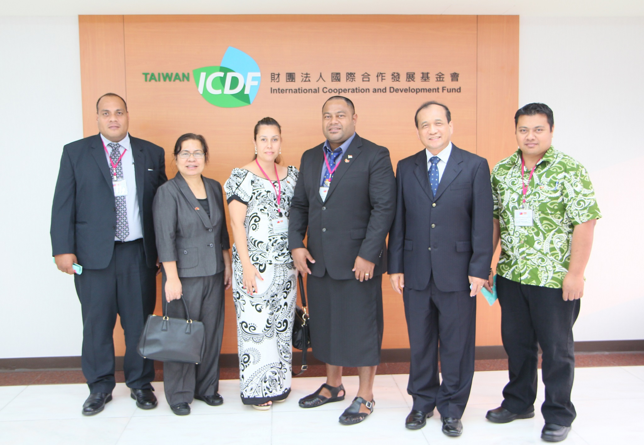 Vice President of the Republic of Kiribati H.E. Kourabi Nenem and Madame Joyce Virginia Nenem Visit the TaiwanICDF