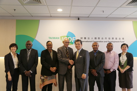 Hon. Michael Malabag, Minister for Health & HIV/AIDS of Papua New Guinea Visits TaiwanICDF