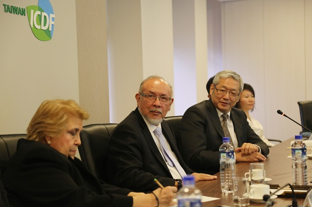 Minister of Agriculture and Livestock of El Salvador Visits the TaiwanICDF