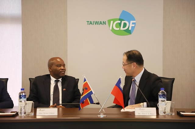 Minister of Tourism and Environmental Affairs Visits the TaiwanICDF