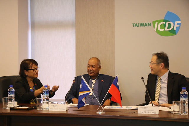 Minister of Natural Resources and Commerce of the Marshall Islands Visits the TaiwanICDF